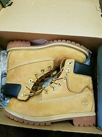 Authentic 6 inch waterproof timberlands 90$ Edmonton, T6K 3L4