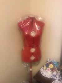 Red  dress maker display also lot of tread n pattern n laces for sale  Calgary, T2W