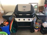 Barely Used Gas Bbq grill San Diego, 92129
