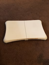 Wii fit balance board ( Game not included )  Toronto, M5A 2V7