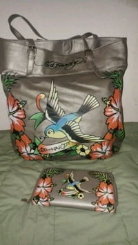 Ed hardy purse and wallet Merced, 95340