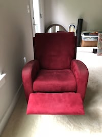Great swivel reclining chair!  Chantilly