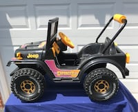 black and yellow RC car Sterling, 20165