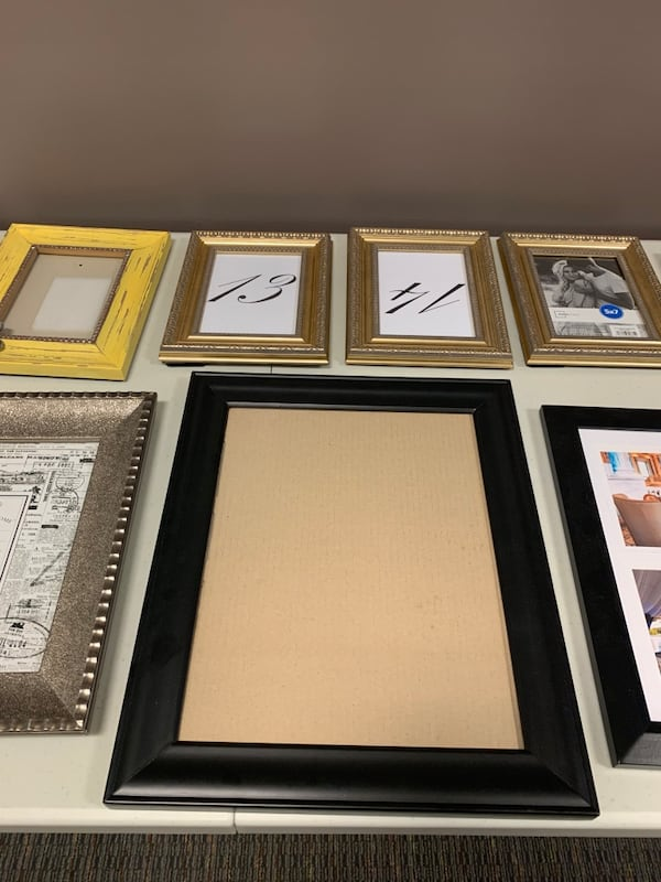 Variety of Picture Frames 95bcf93a-d183-437a-8cfe-01b2889e5acd