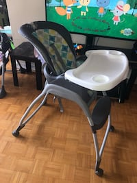 Baby high chair Toronto, M9M 2B4