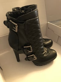 Leather boots Vaughan, L6A 2P8