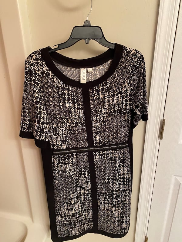 41+ Dresses - sized 12-14 or L/ XL Several with tags $20 each 3f0f1e91-8592-4fc3-95ba-989fb54381a1