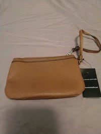 NWT brown leather wristlet Cookeville, 38501