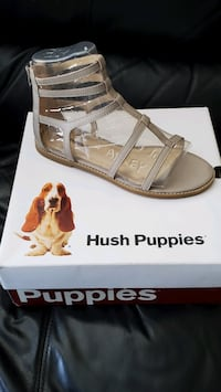 Hush Puppies 9.5 wide Leather Sandals BNIB