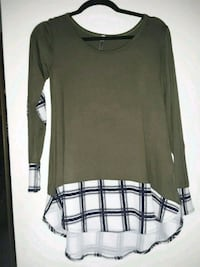 gray and white scoop-neck long-sleeved shirt San Ramon, 94583