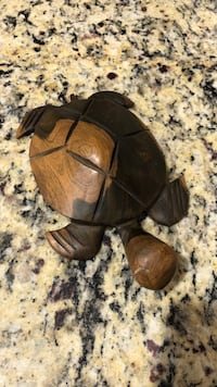 Cute sea turtle carved out of wood Purcellville, 20132