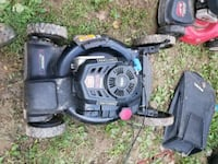 2015 craftsman self propelled push mower  Keedysville, 21756
