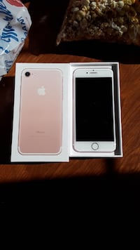 Rose gold iphone 7 with box Westminster, 21158
