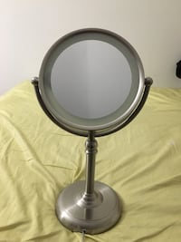 Makeup two size Mirror (w/one side 10x magnifying) Laurel, 20708