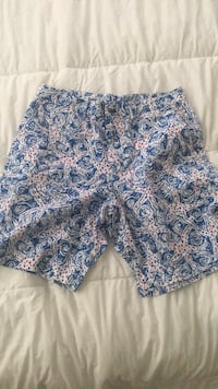 Lilly Pulitzer Men short size 34 Reading, 19607