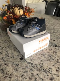Geox baby walking shoes