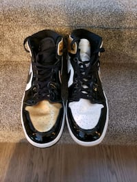 Air Jordan retro 1s gold top 3s