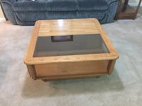 rectangular brown wooden coffee table Lake Ridge, 22192