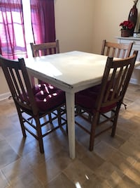 Antique Table & Chairs 330 mi