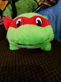 green and red TY Beanie Baby plush toy Galena, 66739