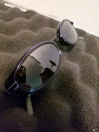black framed Ray-Ban sunglasses Kelowna, V1Y 2L2