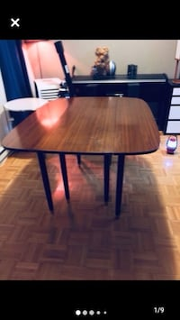 Mid century modern walnut drop leaf dining table by E.Gomme Mississauga, L5J 1V8
