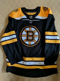Bruins 2018-19 Team Signed Jersey Norwell, 02061