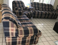 Blue red and beige 3 piece couch set Los Angeles, 91335
