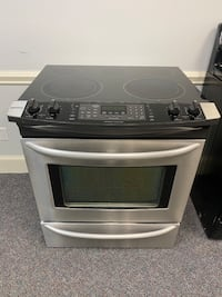 KENMORE STAINLESS GLASS TOP STOVE W/ CONVECTION OVEN 4 MONTH WARRANTY
