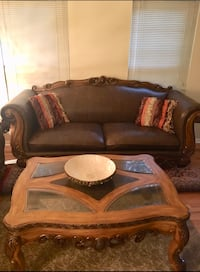 Genuine leather set with 3 coffee tables n pillows  Alexandria, 22304