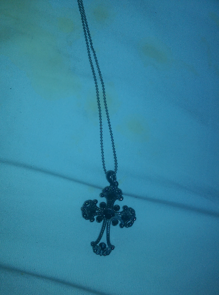 necklace with cross  pendnat