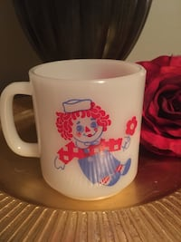 Raggedy Ann & Andy mug London, N6B 2X1