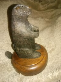 Hand Carved Beaver by Jr pharis Dayton, 45439