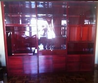 High quality display unit , has plenty of storage , beautiful beveled glass , and hidden bar Montréal, H1E 4R1