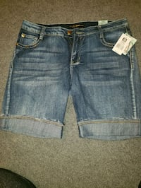 South pole Bermudas size 13