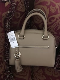 Michael Kors handbag  Fairfax, 22032