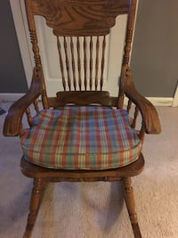 Brown wooden rocking chair Bealeton, 22712
