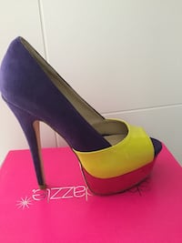 Shoedazzle pumps Langley, V2Y 2P9