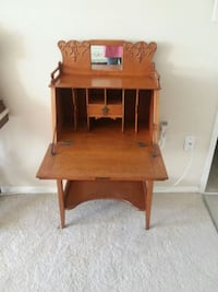Small Oak Secretary Desk Silver Spring, 20901