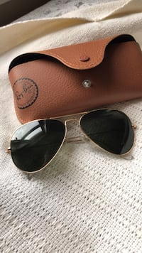 Ray Ban Classic Aviator sunglasses Baltimore, 21230