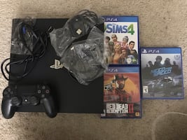 PS4 Pro + Games