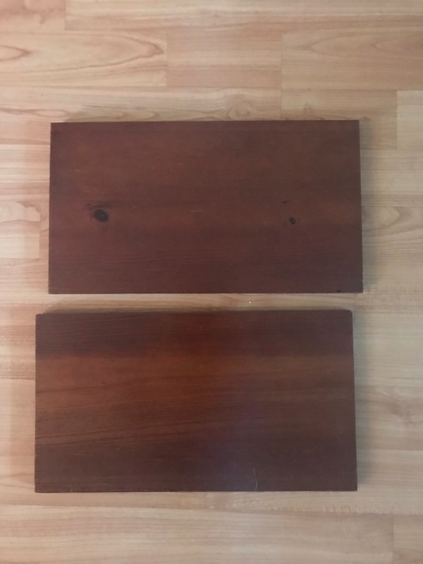 Small wooden shelves 91fea0a8-6185-490f-b28f-615321f8ae64