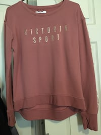 red and white Hollister pullover hoodie Phillipsburg, 08865