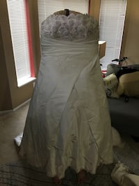 Wedding dress Surrey, V3R