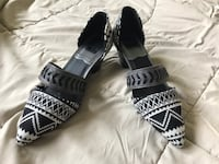 Brand new unique shoes!  Willowbrook, 60527