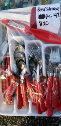 Red silverware set millard Douglas County
