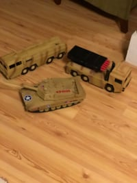 3-PC Military Truck Set (Sounds, Lights, & Music)