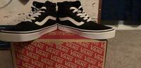 black-and-white Vans low top sneakers Keizer, 97303