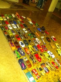 new,old ,Hot wheels,matchbox.over 100 diecast