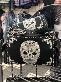New collection of skully purses and wallets Toronto, M3H 3E9